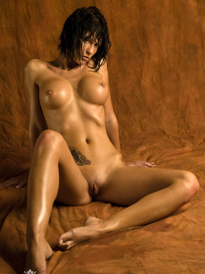 Hot Nude Wet Brunette With Tattoos